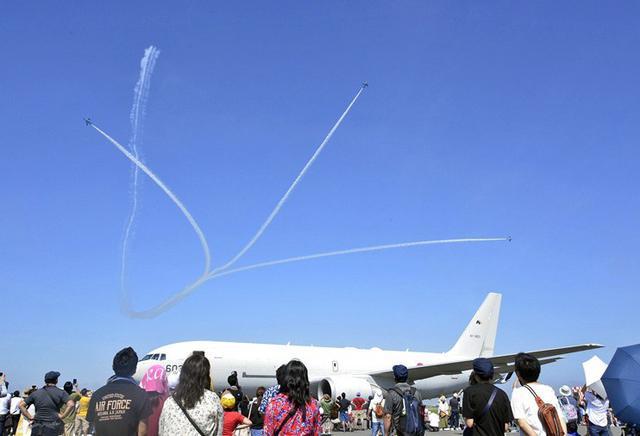 画像1: 空自三沢基地航空祭に9万人|青森地本