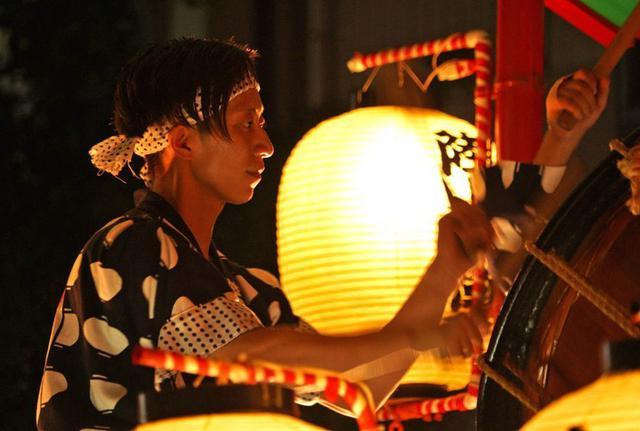 画像4: 「秋田竿燈まつり」で力強く演技|秋田駐屯地