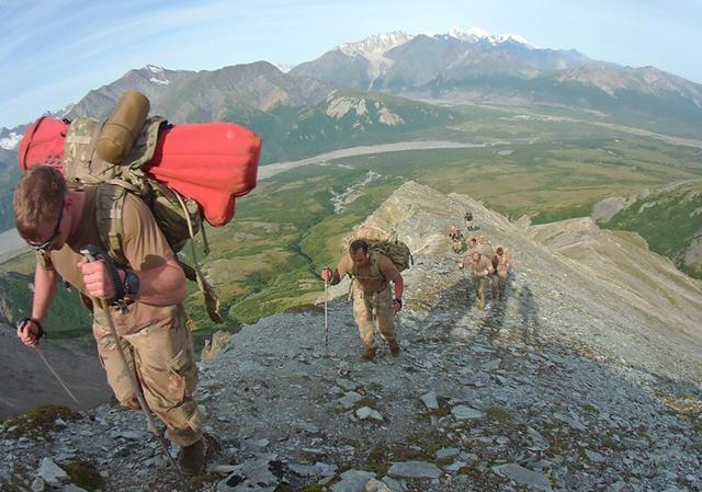 画像8: 米陸軍の上級課程訓練に留学|陸自冬季戦技教育隊