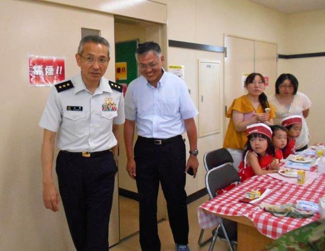 画像3: 移動図書館・親子サンドイッチ教室開催|福島駐屯地