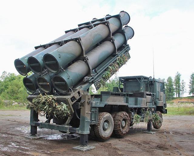 画像5: 地対艦ミサイル訓練を検閲|北千歳駐屯地