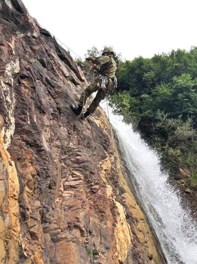 画像6: 米陸軍の上級課程訓練に留学|陸自冬季戦技教育隊