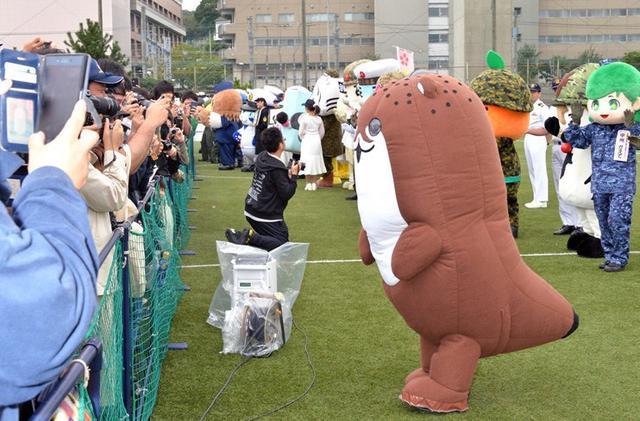 画像3: 自衛隊のゆるキャラ観閲行進に参加|宮崎地本