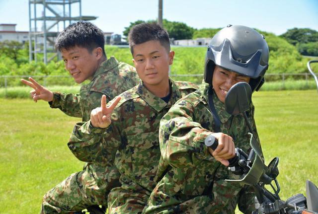 画像5: 「パワーアドベンチャー」で陸海空自体験|沖縄地本
