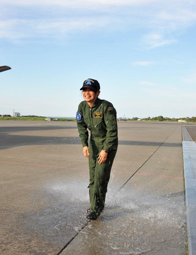 画像6: 2空隊で初のP3C女性機長|海自八戸航空基地