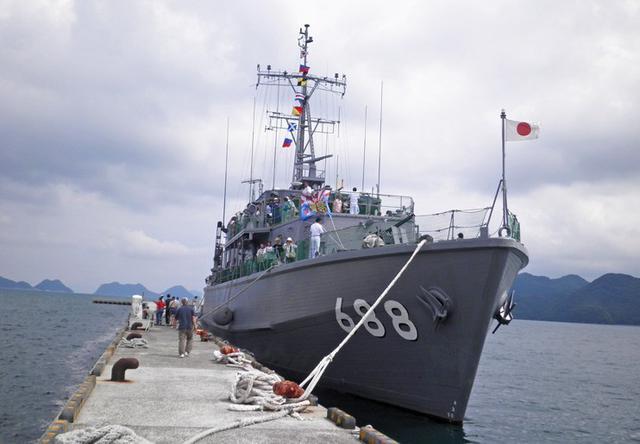 画像2: 掃海艇「あいしま」艦艇広報開催|山口地本