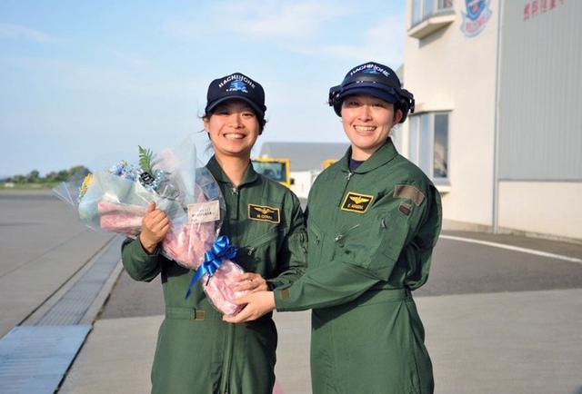 画像4: 2空隊で初のP3C女性機長|海自八戸航空基地