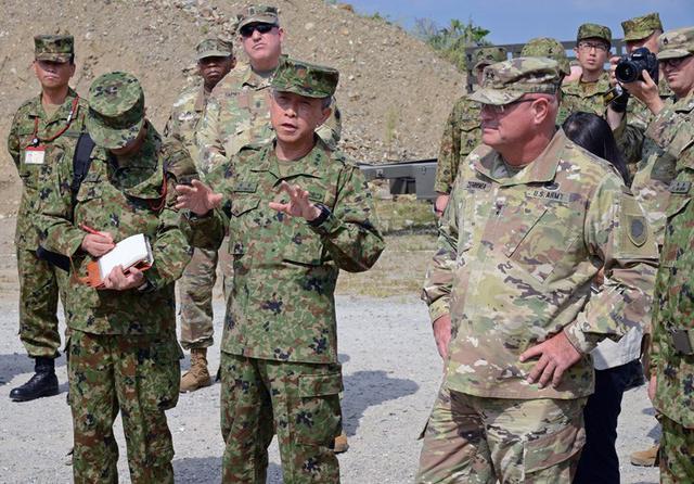 画像1: 米陸軍と実動訓練|陸自西部方面隊