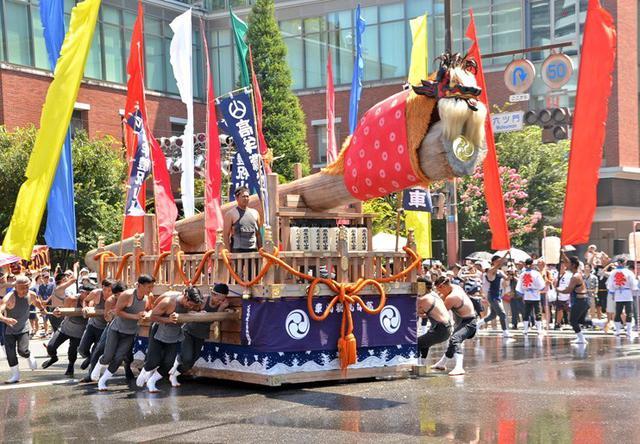 画像1: 久留米祭りを盛り上げる|久留米駐屯地