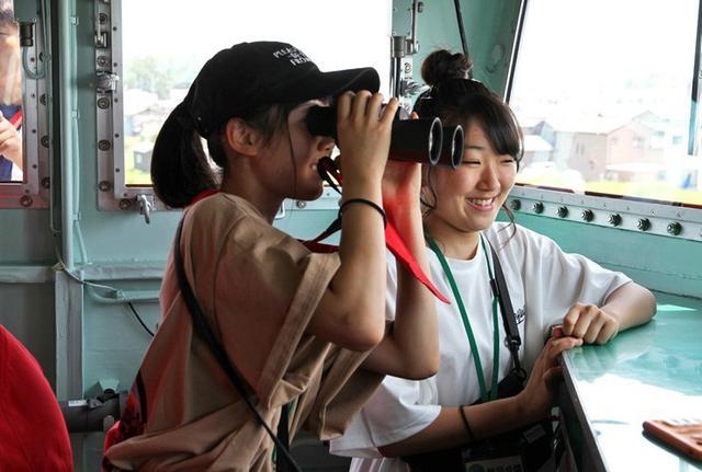 画像3: 新潟開港150周年に多用途支援艦「ひうち」公開|新潟地本