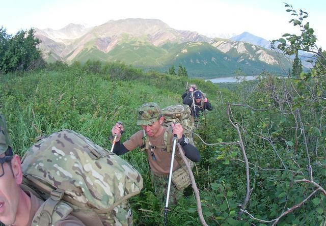 画像7: 米陸軍の上級課程訓練に留学|陸自冬季戦技教育隊