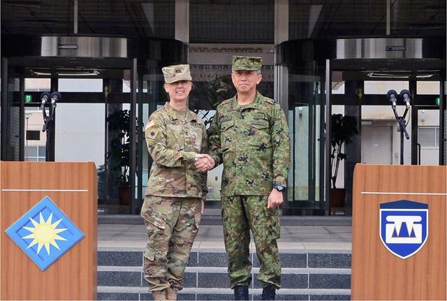 画像9: 日米共同で指揮所演習|陸自西部方面隊