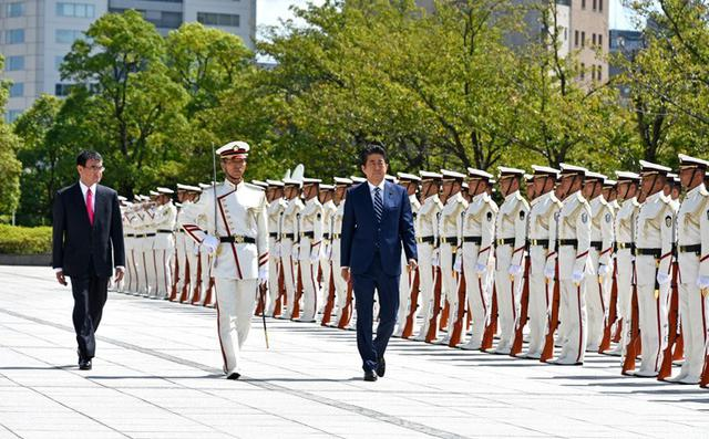 画像1: 安倍首相「防衛大綱 早期に実行」|第53回自衛隊高級幹部会同