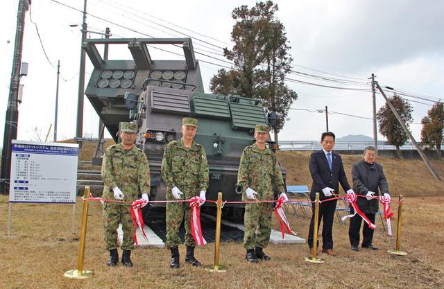 画像1: 装備品を常設展示 観光にも|日本原駐屯地
