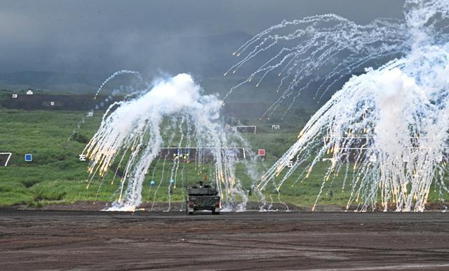 画像13: 多次元統合防衛力構築へ|令和元年度富士総合火力演習