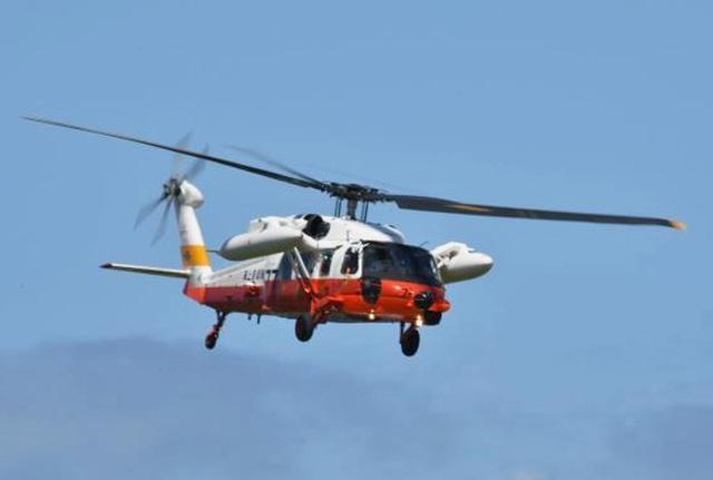 画像2: 航海中の客船から患者を緊急搬送|海自21空群