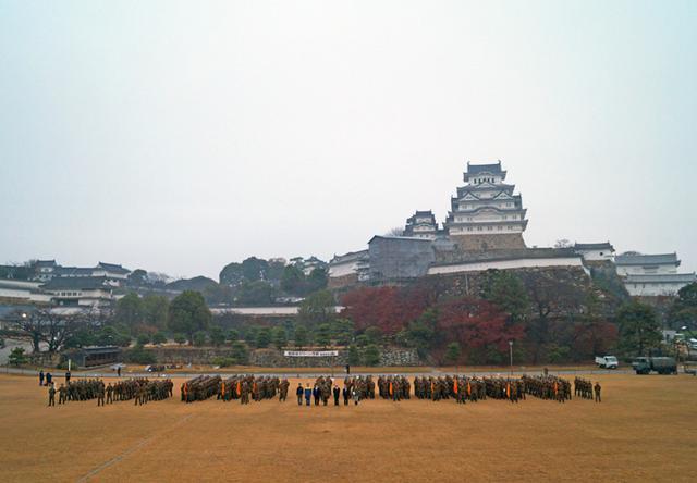 画像10: 「姫路城クリーン作戦」に隊員500人|姫路駐屯地