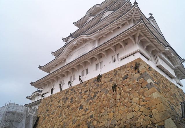 画像2: 「姫路城クリーン作戦」に隊員500人|姫路駐屯地