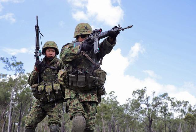 画像2: 米・豪軍と実動訓練|松本駐屯地