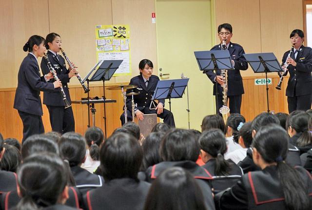 画像3: 北空音が小中高校生に演奏指導|青森地本