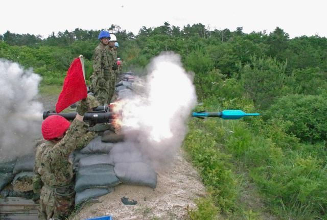画像6: 射撃練度の向上を図る|久居駐屯地