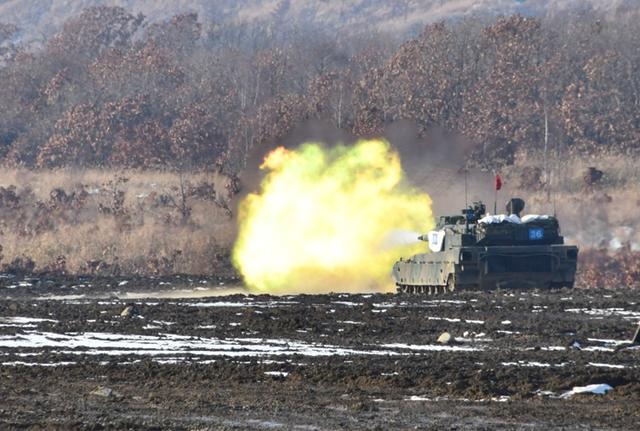 画像1: 総合戦闘射撃訓練 任務を完遂|陸自7師団