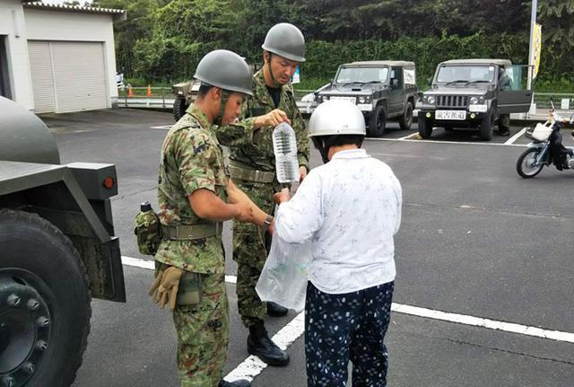 画像8: 九州南部大雨災害に200人出動|国分駐屯地
