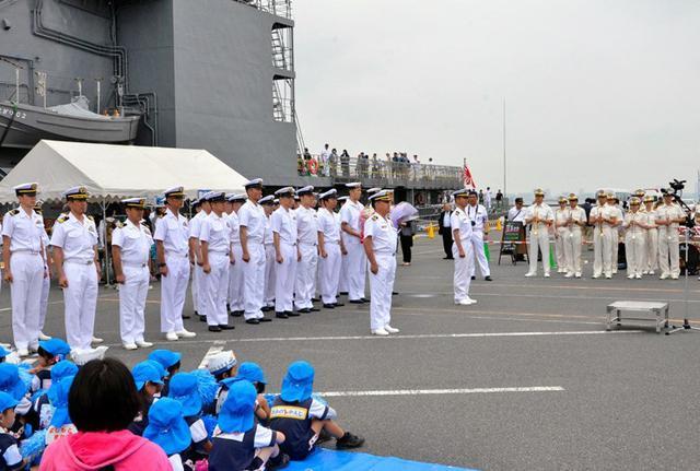 画像2: 護衛艦「あまぎり」公開に4500人|千葉地本