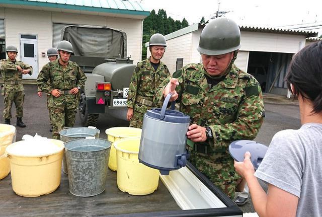 画像9: 九州南部大雨災害に200人出動|国分駐屯地