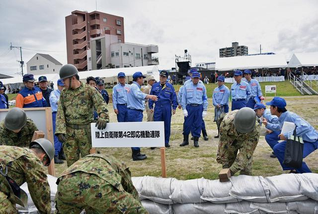 画像3: 水防演習で災害時の連携強化|北熊本駐屯地