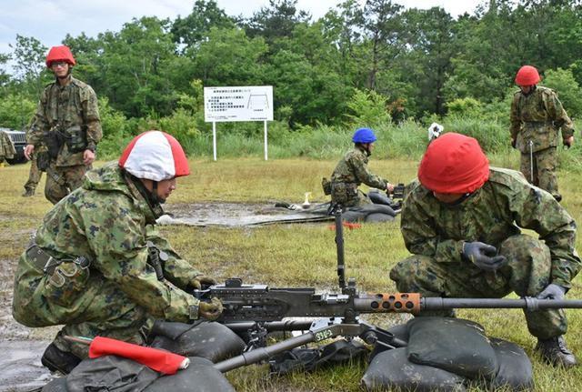 画像7: 射撃練度の向上を図る|久居駐屯地
