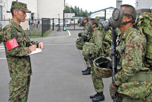 画像2: 准看護師課程学生が訓練|自衛隊札幌病院