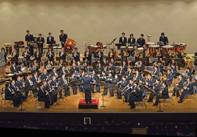 画像2: 基地主催 初コンサートに聴衆800人|空自小松基地