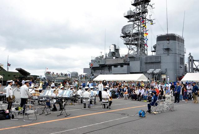 画像7: 護衛艦「あまぎり」公開に4500人|千葉地本