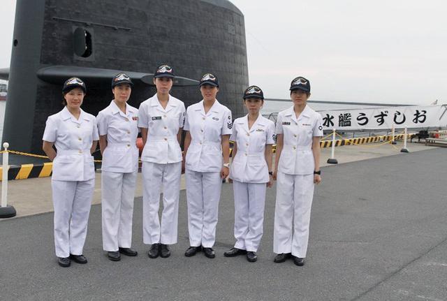 画像6: 潜水艦「うずしお」でガールズトーク|三重地本