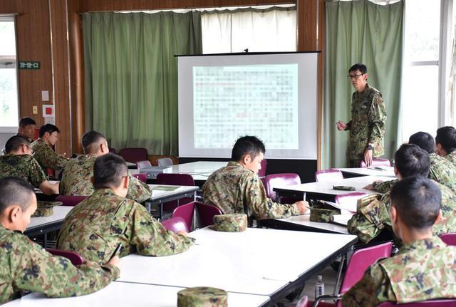 画像2: 射撃練度の向上を図る|久居駐屯地