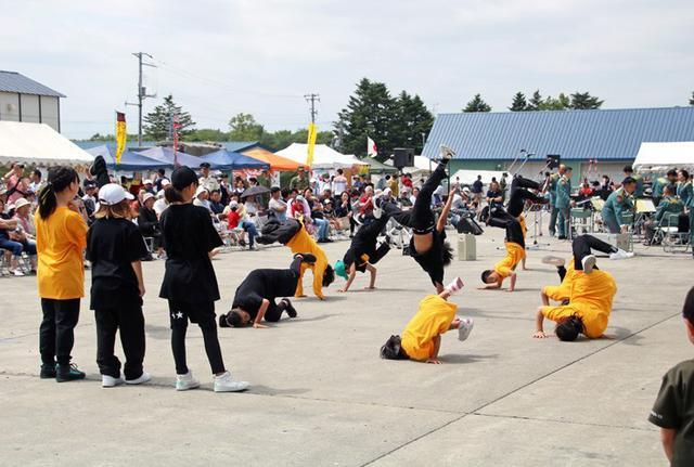 画像13: 創立66周年行事に住民ら1600人|岩見沢駐屯地