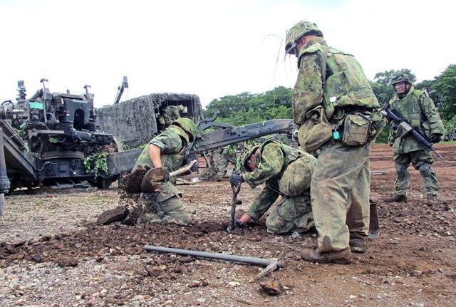 画像15: 8日間の機動展開・射撃訓練|北富士駐屯地