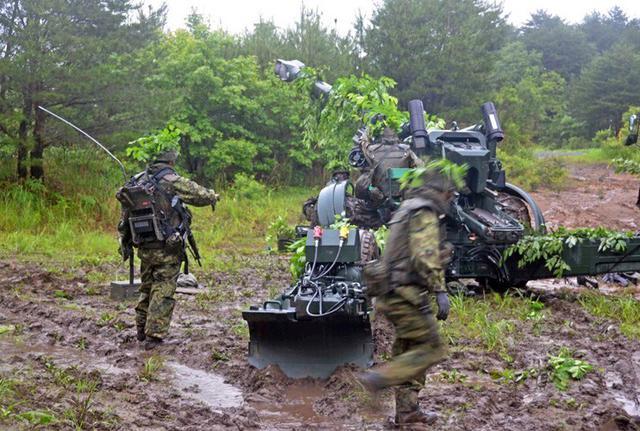 画像3: 8日間の機動展開・射撃訓練|北富士駐屯地