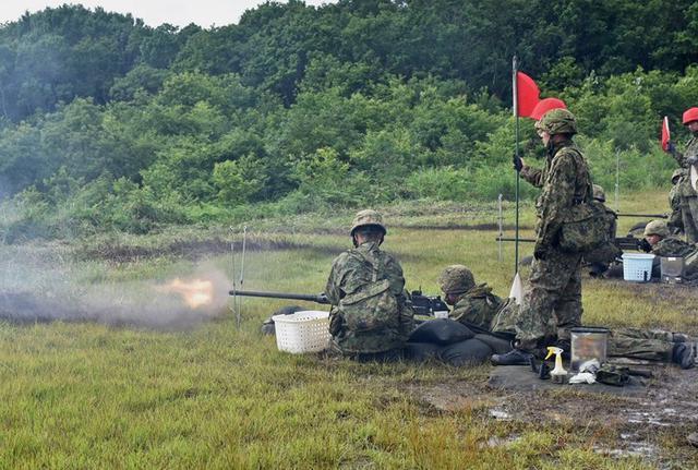 画像5: 射撃練度の向上を図る|久居駐屯地