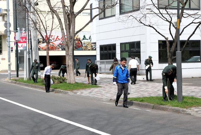 画像6: 部員50人が清掃活動で環境美化|札幌地本