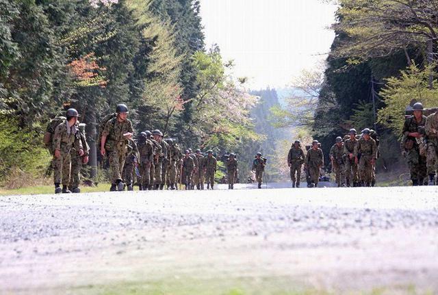 画像5: 東富士で野営錬成訓練、100キロ完歩|板妻駐屯地