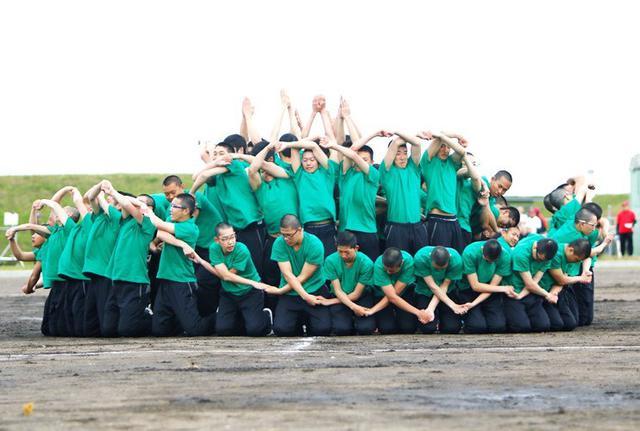 画像1: 融和団結、創造性学ぶ|陸自高工校