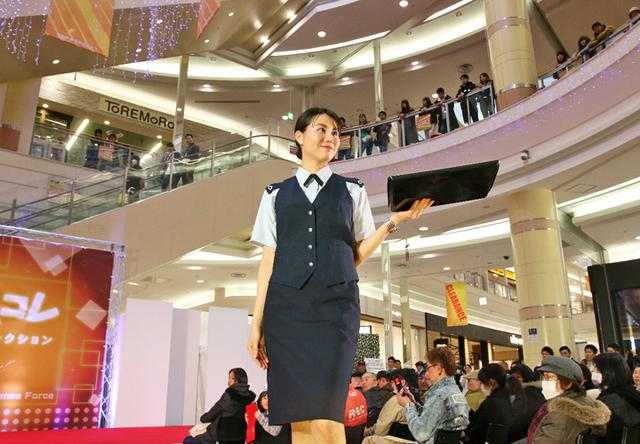 画像7: 制服コレクション「じえコレ」開催|旭川地本