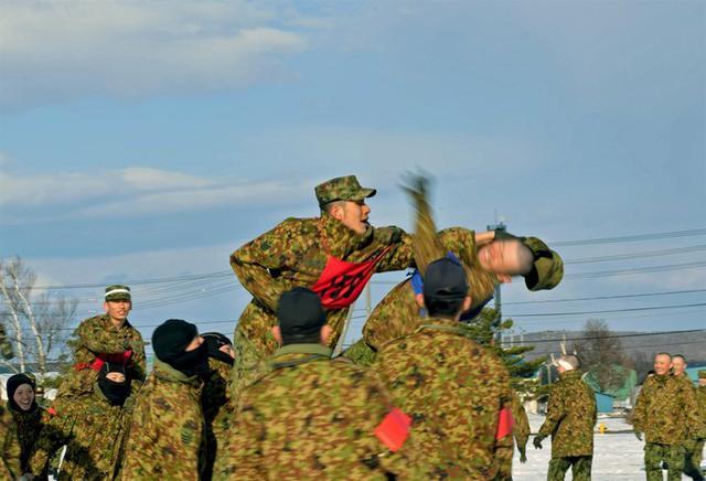画像5: 学生249人による騎馬戦|東千歳駐屯地