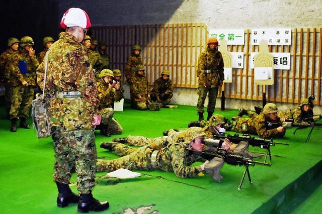 画像8: 創隊以来初めて手榴弾投擲|豊川駐屯地