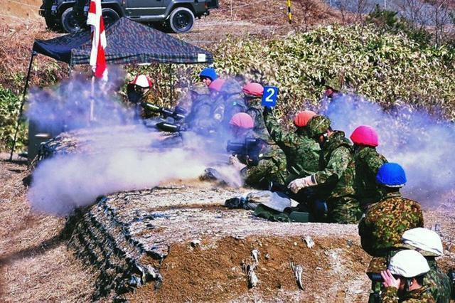 画像3: 創隊以来初めて手榴弾投擲|豊川駐屯地
