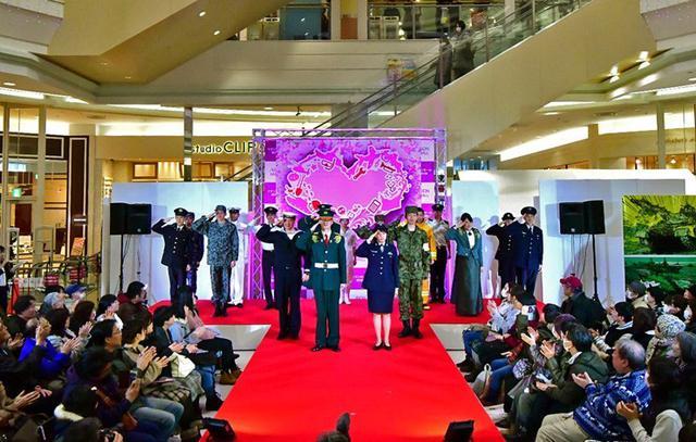 画像: ファッションショー 注目浴びる|旭川地本