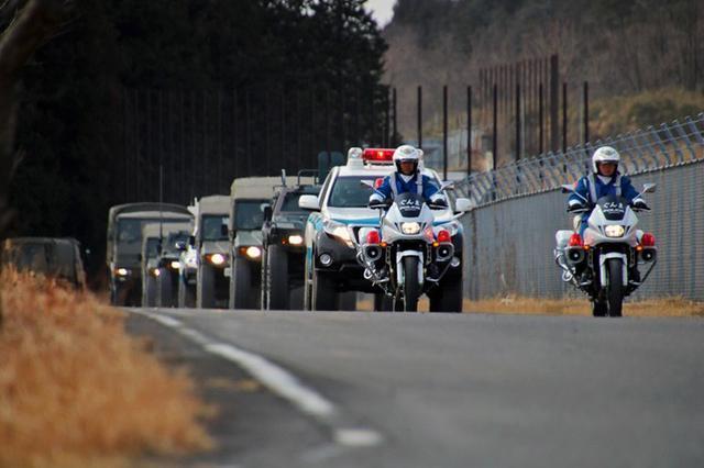 画像3: 県警と共同訓練|相馬原駐屯地