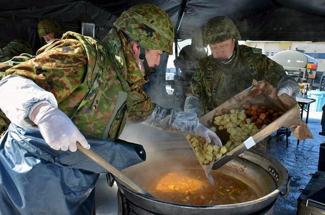 画像3: 献立は「カレー」炊事競技会|北千歳駐屯地